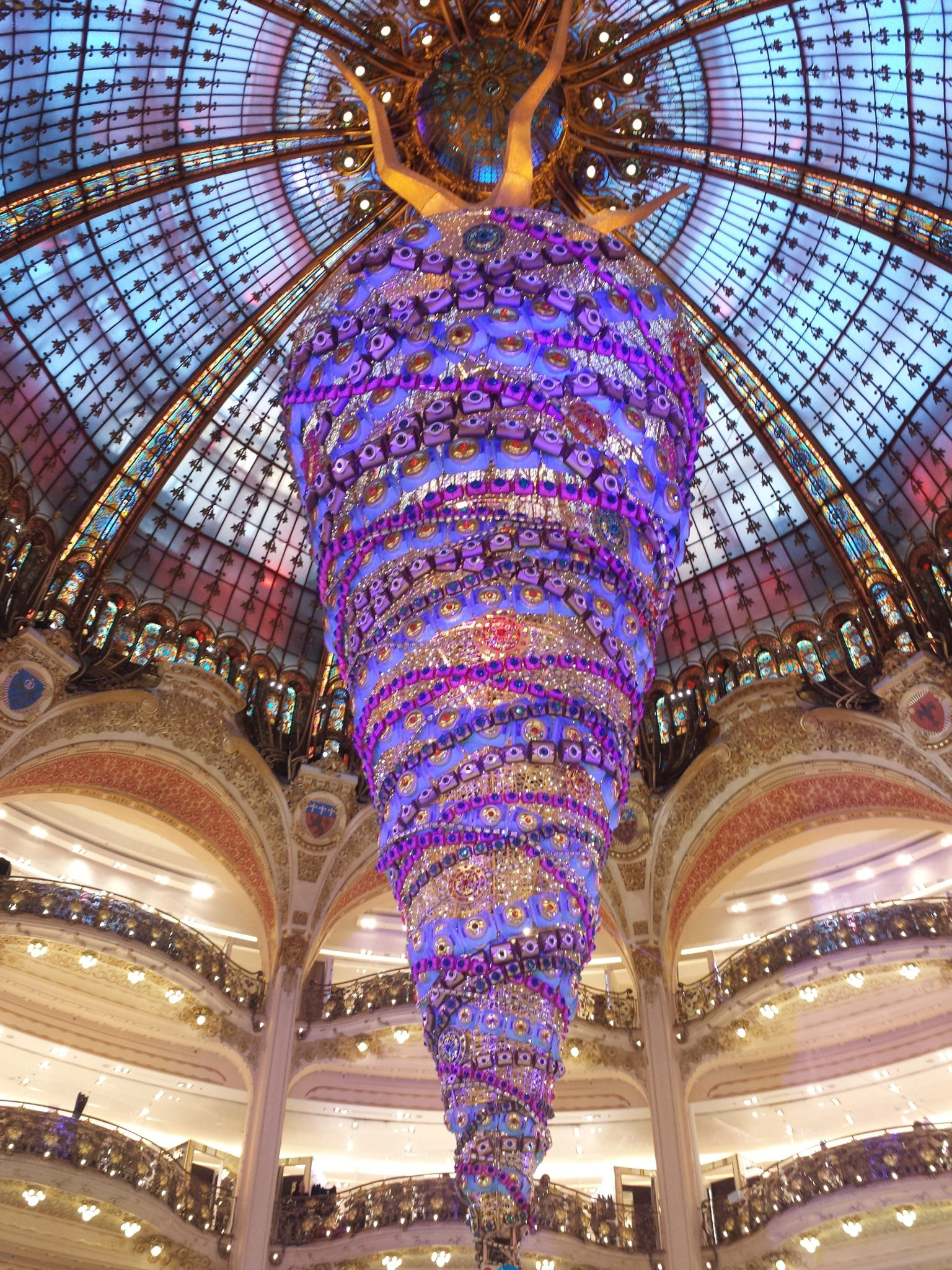 Sapin galeries lafayette paris magasin noël décoration